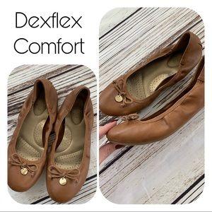 Tan DexFlex Flats size 7